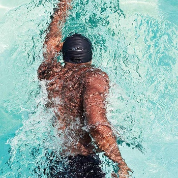 Poor water quality in the swimming pool? Choosing the best swimming cap is the most important.